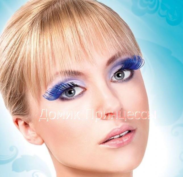 Удлиненные накладные ресницы синего цвета